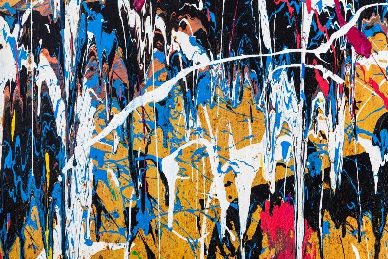 Download Kapiąca Farba Graffiti ściana Zdjęcie Stock - Obraz złożonej z narys, bałagan: 57662106