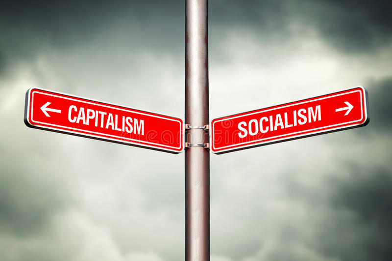 Kapitalismus- oder Sozialismuskonzept stockfotografie