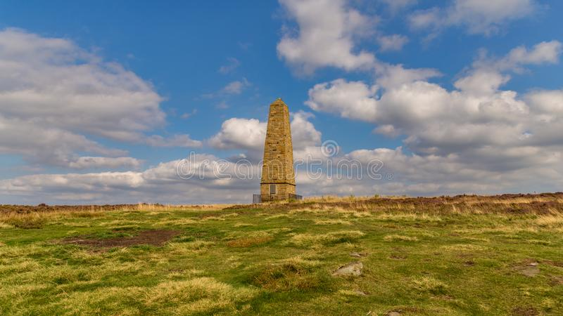 KapiteinsCook ` s Monument, North Yorkshire, het UK royalty-vrije stock foto