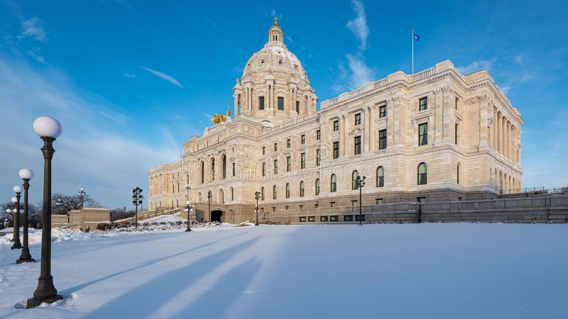 Kapitol för Minnesota-staten på Winter arkivbilder