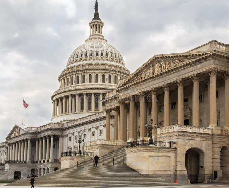 Kapitolium som bygger den östliga fasaden, trappuppgång, Washington DC royaltyfria foton