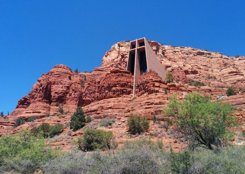 Kaplica Święty krzyż w Sedona, AZ, szeroki strzał zdjęcia stock