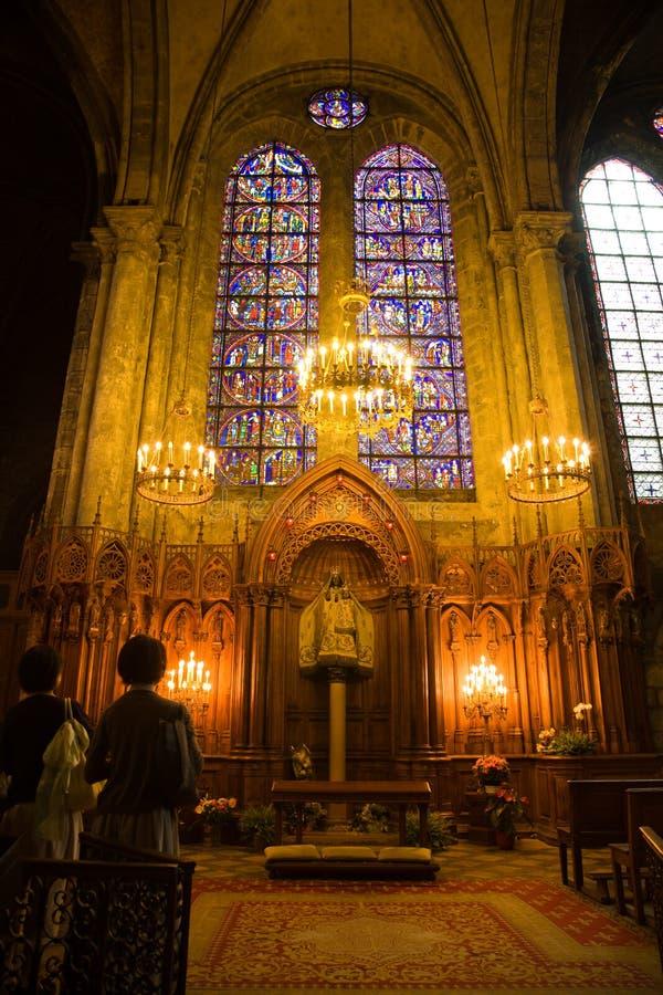 Download Kaplica Paniusia Du Notre Pilier Zdjęcie Stock - Obraz złożonej z madonna, modlenie: 13331162