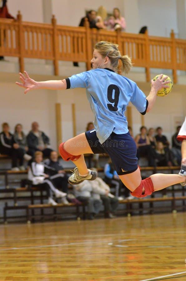 Kaposvar - Kormend Handballspiel lizenzfreies stockfoto