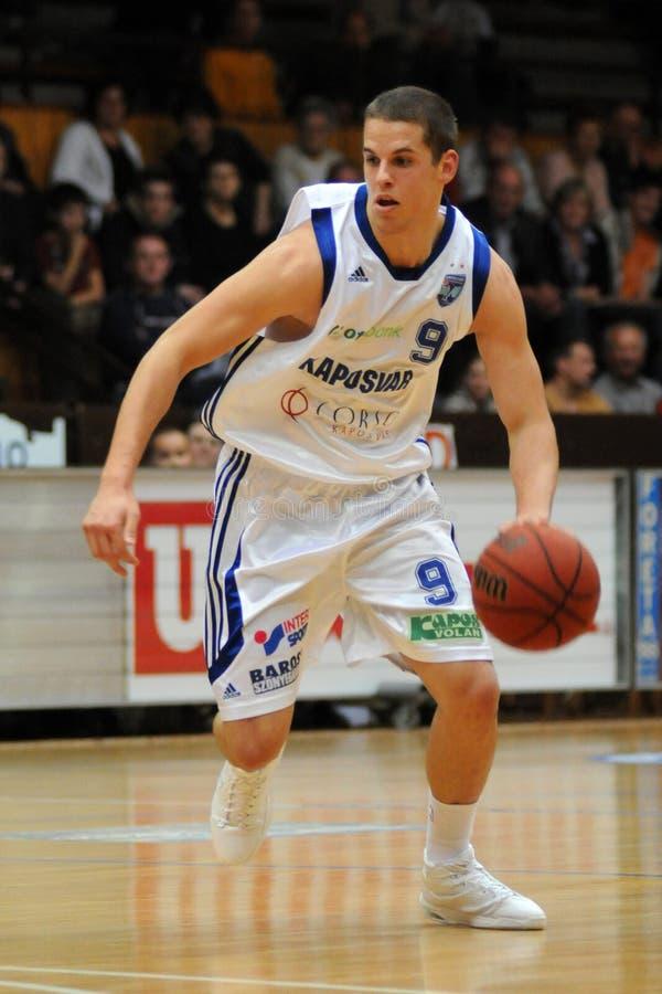 Kaposvar - Sopron Basketballspiel stockbilder