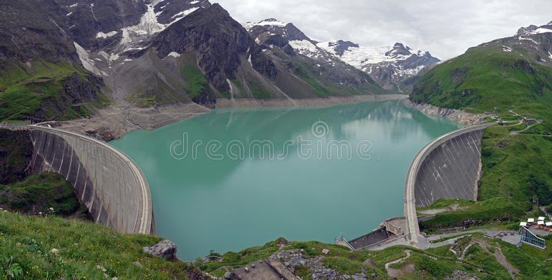 Kaprun水坝, Mooserboden湖 免版税库存图片