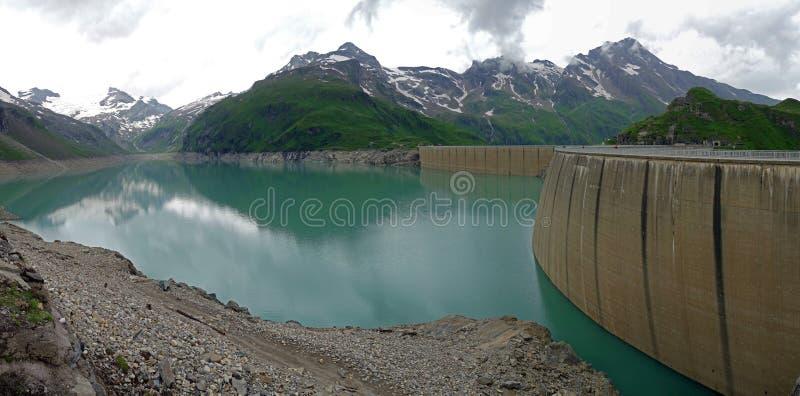 Kaprun水坝, Mooserboden湖 图库摄影