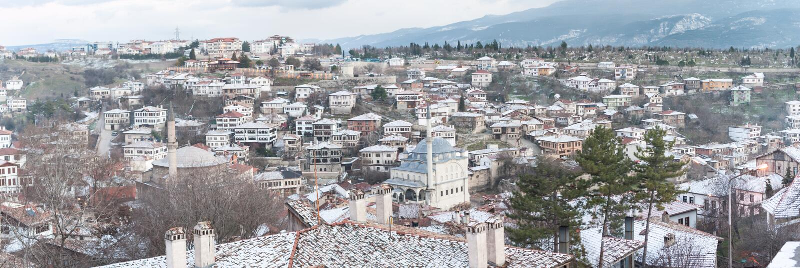 KARABUK,土耳其- 2016年1月21日:市番红花城 老镇保存与1008的许多老大厦登记了历史arti 库存图片