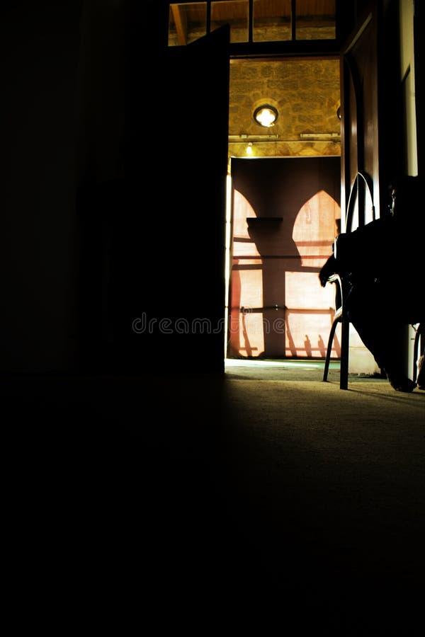 KARACHI, PAKISTAN - 29 juin 2019 : Chambre noire à l'intérieur de Frere Hall, photos stock