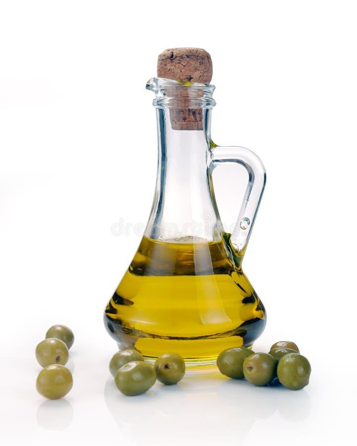 Karaf met olijfolie stock foto's