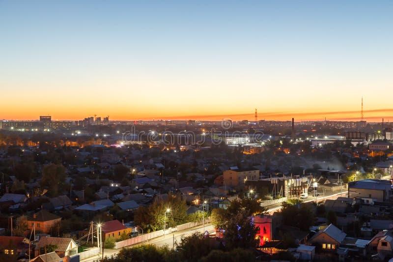 Karaganda após o por do sol kazakhstan imagens de stock