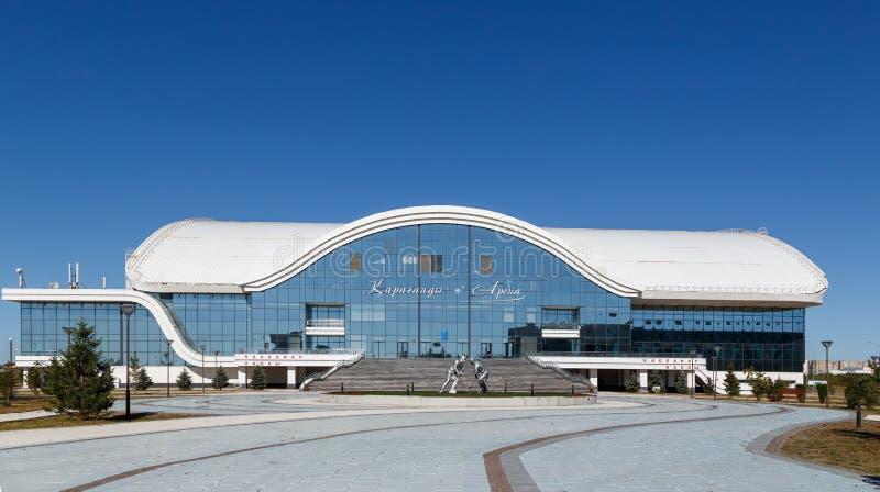 Karaganda, Cazaquistão - 1º de setembro de 2016: Karaganda ArenaIce P fotos de stock royalty free