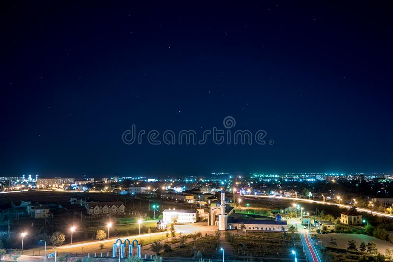 Karaganda Kazachstan, Wrzesień, - 1, 2016: Karaganda miasta meczet fotografia royalty free
