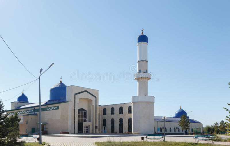 Karaganda, Kazakhstan - 1er septembre 2016 : Mosquée de ville de Karaganda image libre de droits