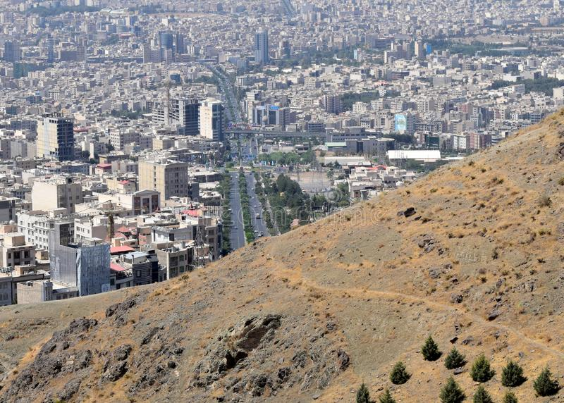 Karaj Irańskiego miasta miastowy linia horyzontu obrazy stock