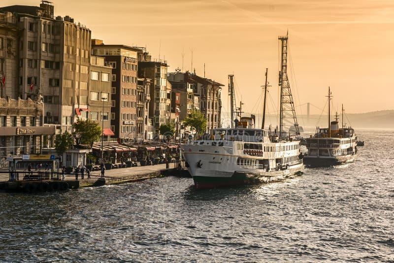 Karakoy-Pier, Istanbul lizenzfreies stockbild