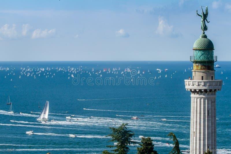 Karakteristisk regatta i Trieste, Italien arkivbild