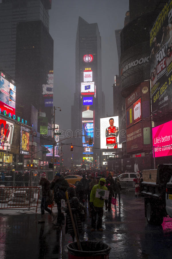 Karakteristisk sikt av Times Square arkivfoto