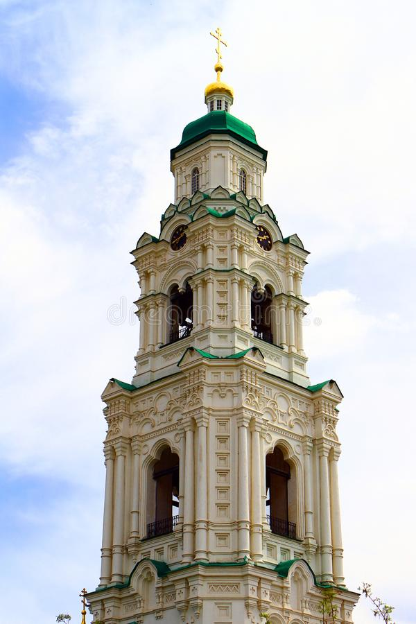 Karakułowy, Rosja, Kwiecień - 30, 2017 Karakułowy Kremlin, dzwonkowy wierza, artykuł wstępny zdjęcie stock