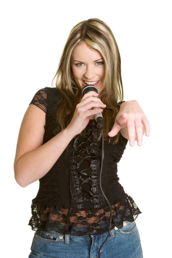 karaoke κοριτσιών τραγούδι στοκ φωτογραφίες
