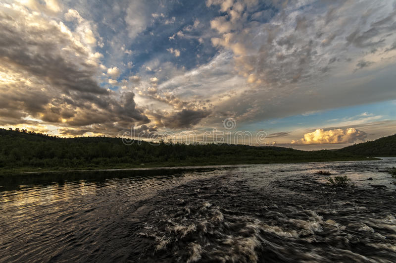 Karasjokka河  库存图片