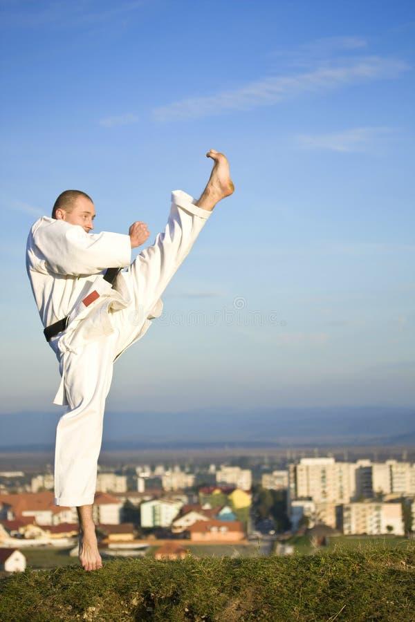 Karate al aire libre imagenes de archivo