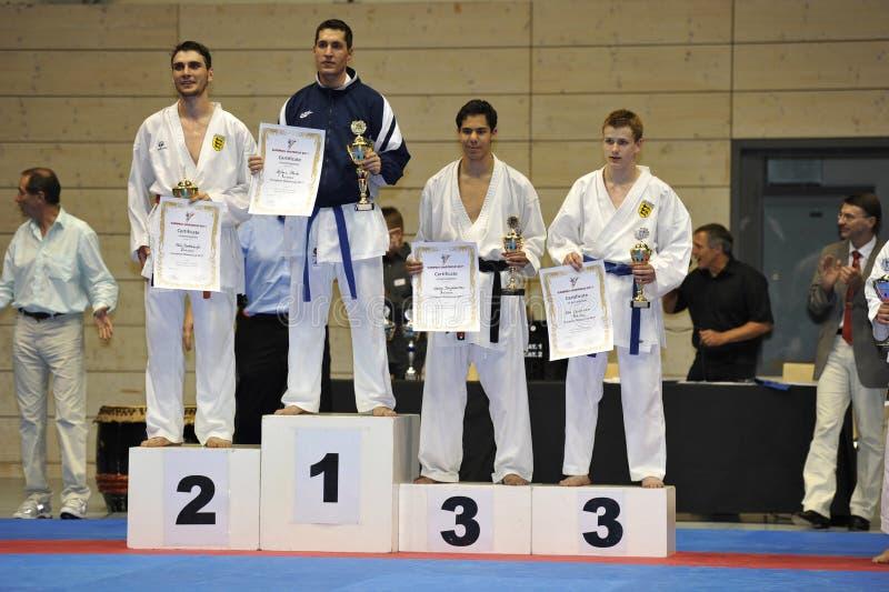 Karate, Europese HoofdKop, de Winnaars van Randori van de Mens stock afbeeldingen