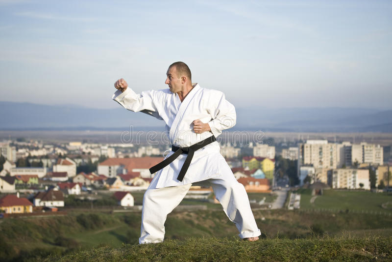 Karate im Freien stockfoto