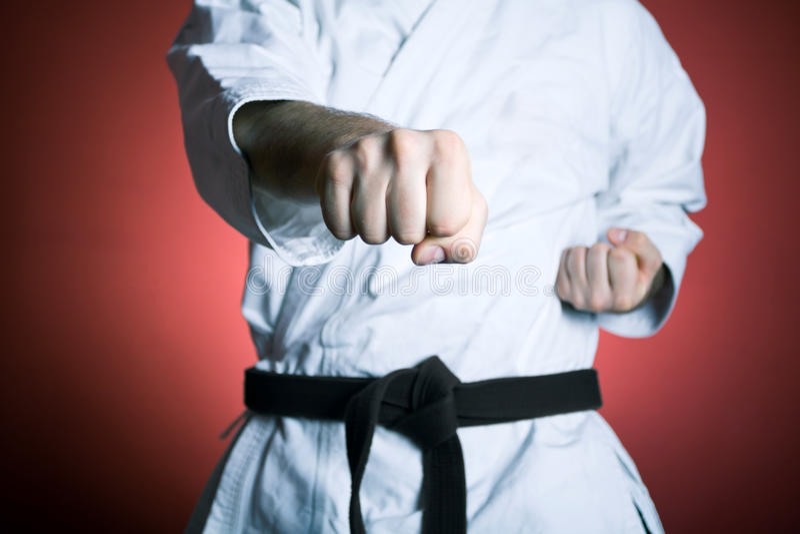 Karatelochertraining lizenzfreie stockfotografie