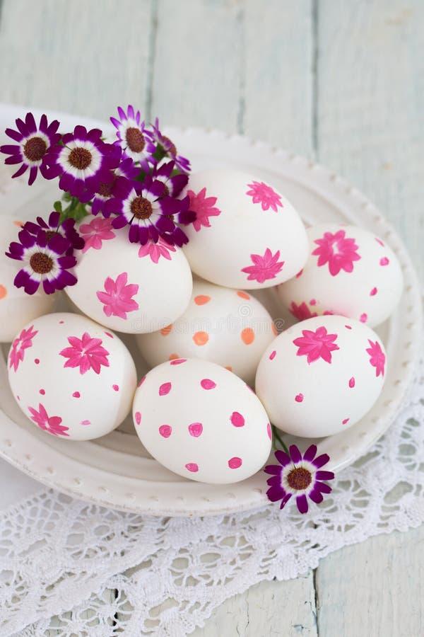 karcianego projekta Easter jajek kwiaty zdjęcia royalty free