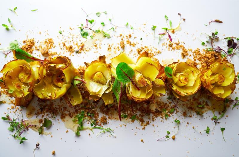 Karczoch róże z truflą i vinaigrette zdjęcia stock