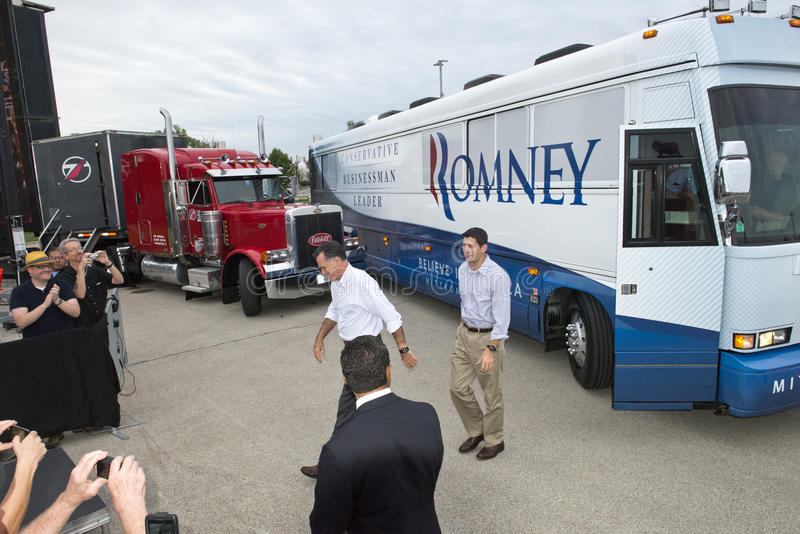 Karda Romney, Paul Ryan president, vice kandidater royaltyfria foton