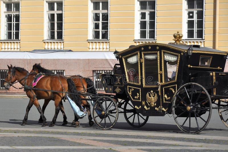 Karecianego konia pałac Petersburg kwadratowy st