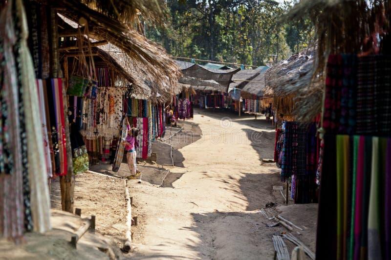 Karen People Village i Changmai Thailand arkivfoto