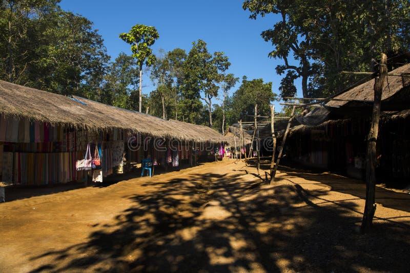 Karen wioska & x28; turystyczny trap& x29; , Chiang Mai obrazy stock
