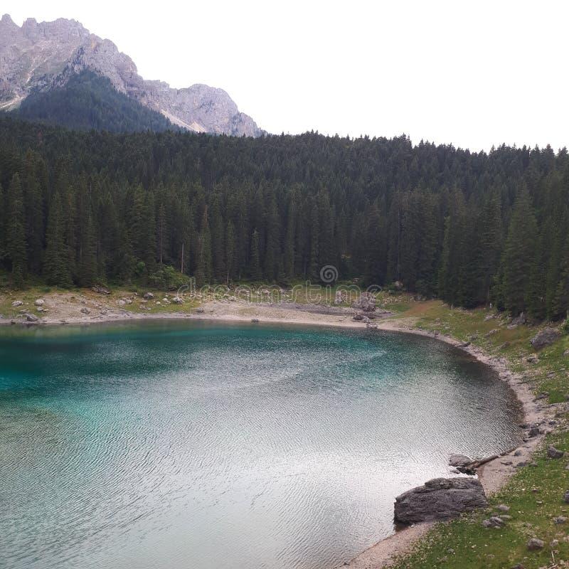 Karersee, lago, il Tarn, risorse idriche, regione selvaggia fotografia stock libera da diritti