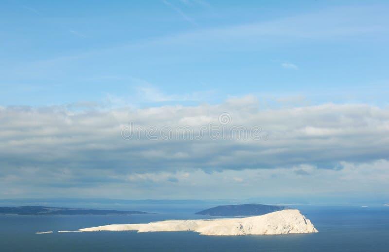 Karg ö i Adriatiska havet som är obebott som fullständigt är kalt royaltyfri fotografi