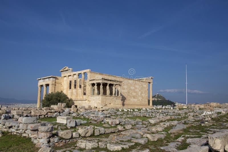 Kariatyda ganeczek Erechtheion na akropolu przy Ateny Antyczna Erechtheion świątynia z pięknymi kariatyda filarami zdjęcie stock
