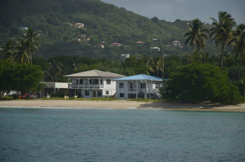 Karibische Strand-Landhaus-Tobago-Cays stockfoto