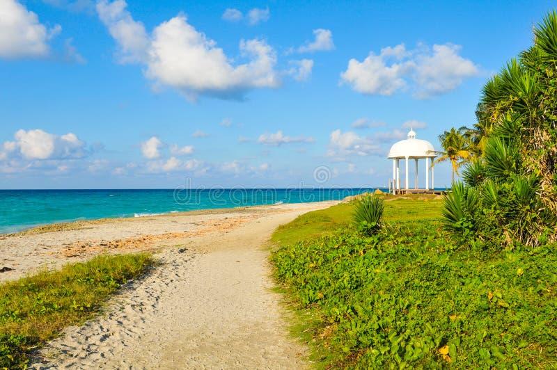 Karibiskt hav i Varadero, Kuba arkivfoton