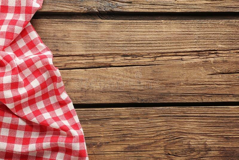 Karierte Picknicktischdecke lizenzfreies stockbild