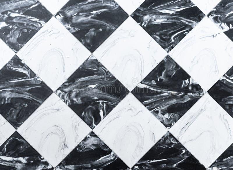 Karierter Schwarzweiss-Marmorbodenfliesehintergrund stockbild