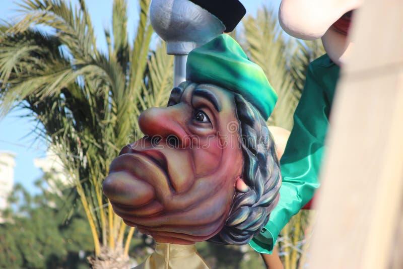 Karikatyr av Muammar Gaddafi - karneval av Nice royaltyfri bild