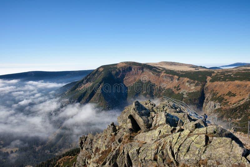 Karkonosze从Sniezka山的山风景 免版税库存图片