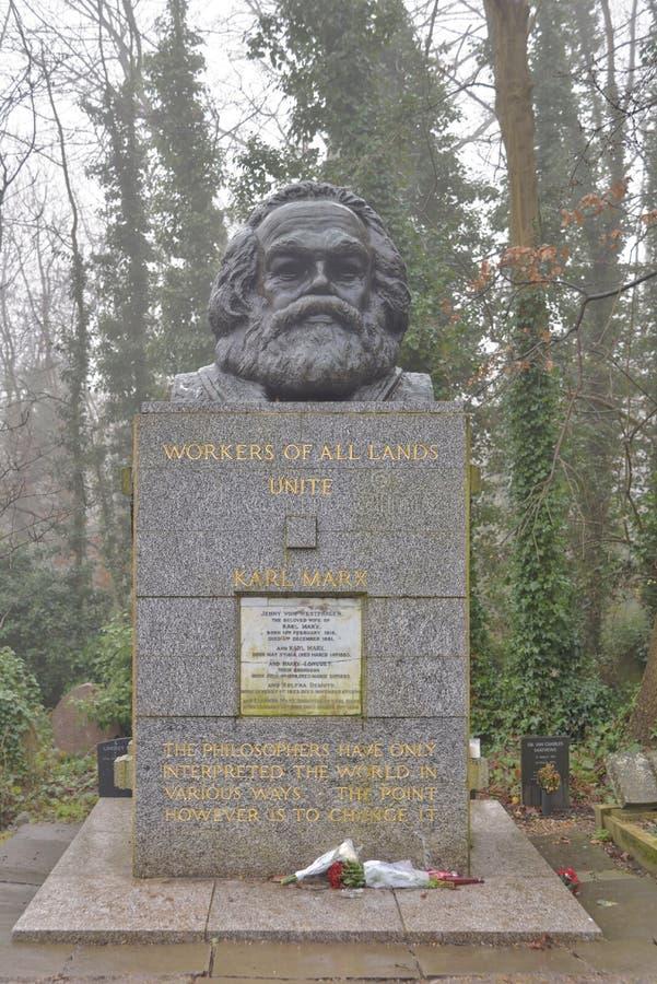 Karl Marx grób kamień, London obrazy stock