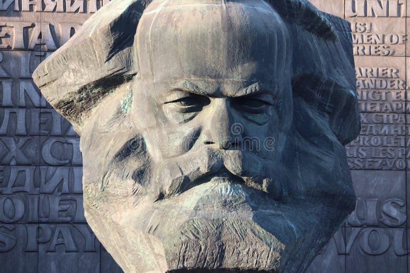 Karl Marx monument fotografering för bildbyråer