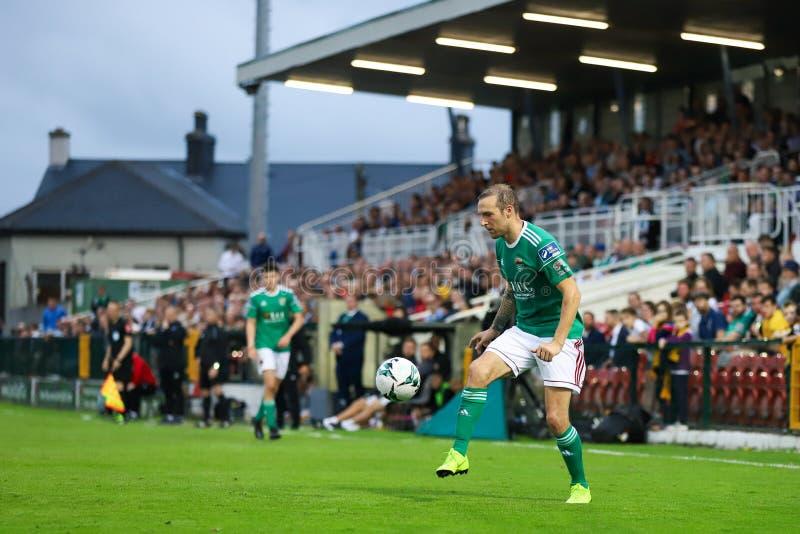 Karl Sheppard på ligan av Irland den första uppdelningsmatchen mellan Cork City FC vs St Patricks idrotts- FC arkivfoto