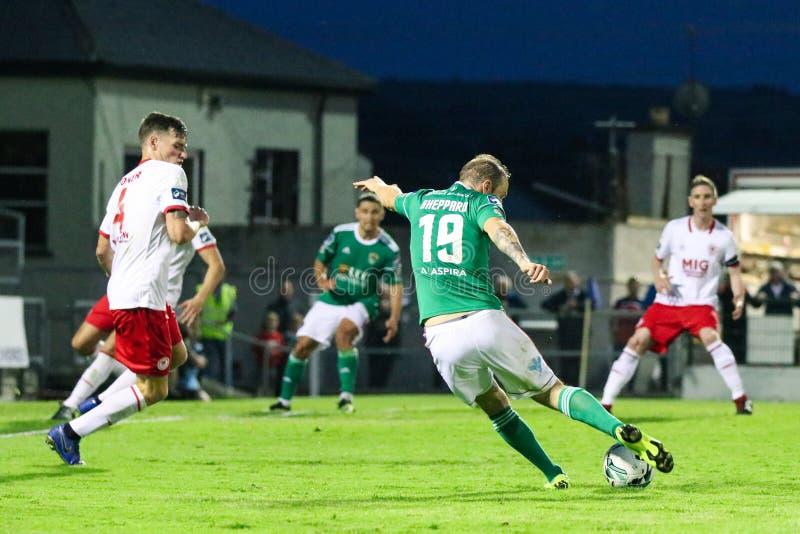 Karl Sheppard przy ligą Irlandia podziału Najważniejszy dopasowanie między Korkowym miastem FC vs St Patricks Sportowy FC zdjęcia royalty free