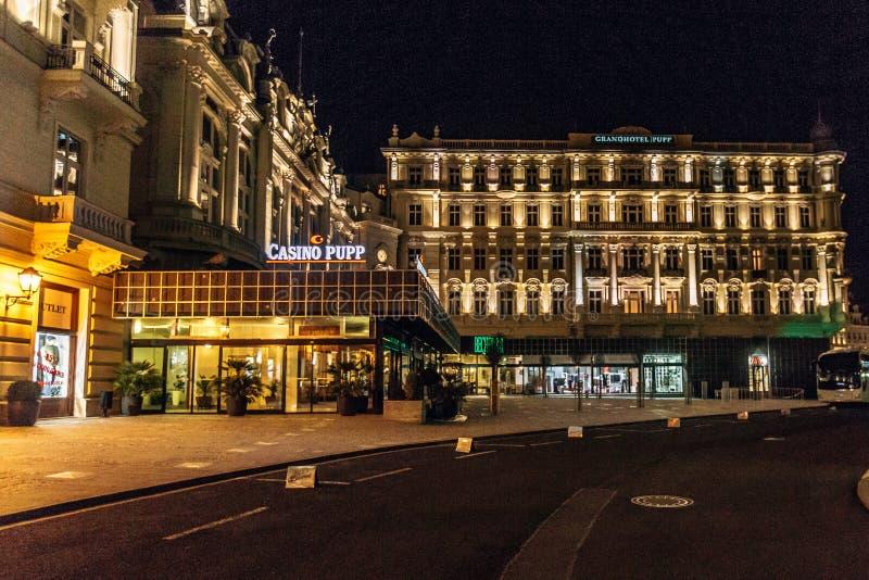 Karlovy varient République Tchèque Hôtel de Puppe photographie stock