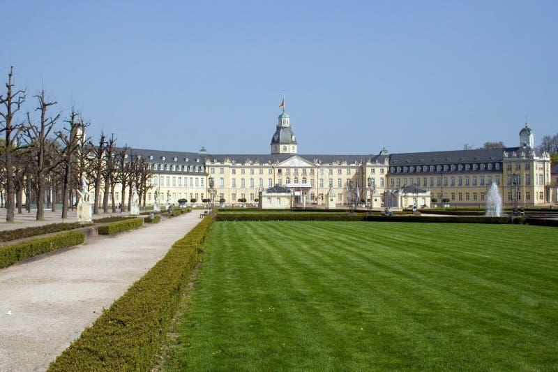 Karlsruhe-Palast lizenzfreie stockbilder